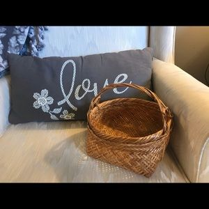 Boho wicker/rattan basket super strong 💕🌸